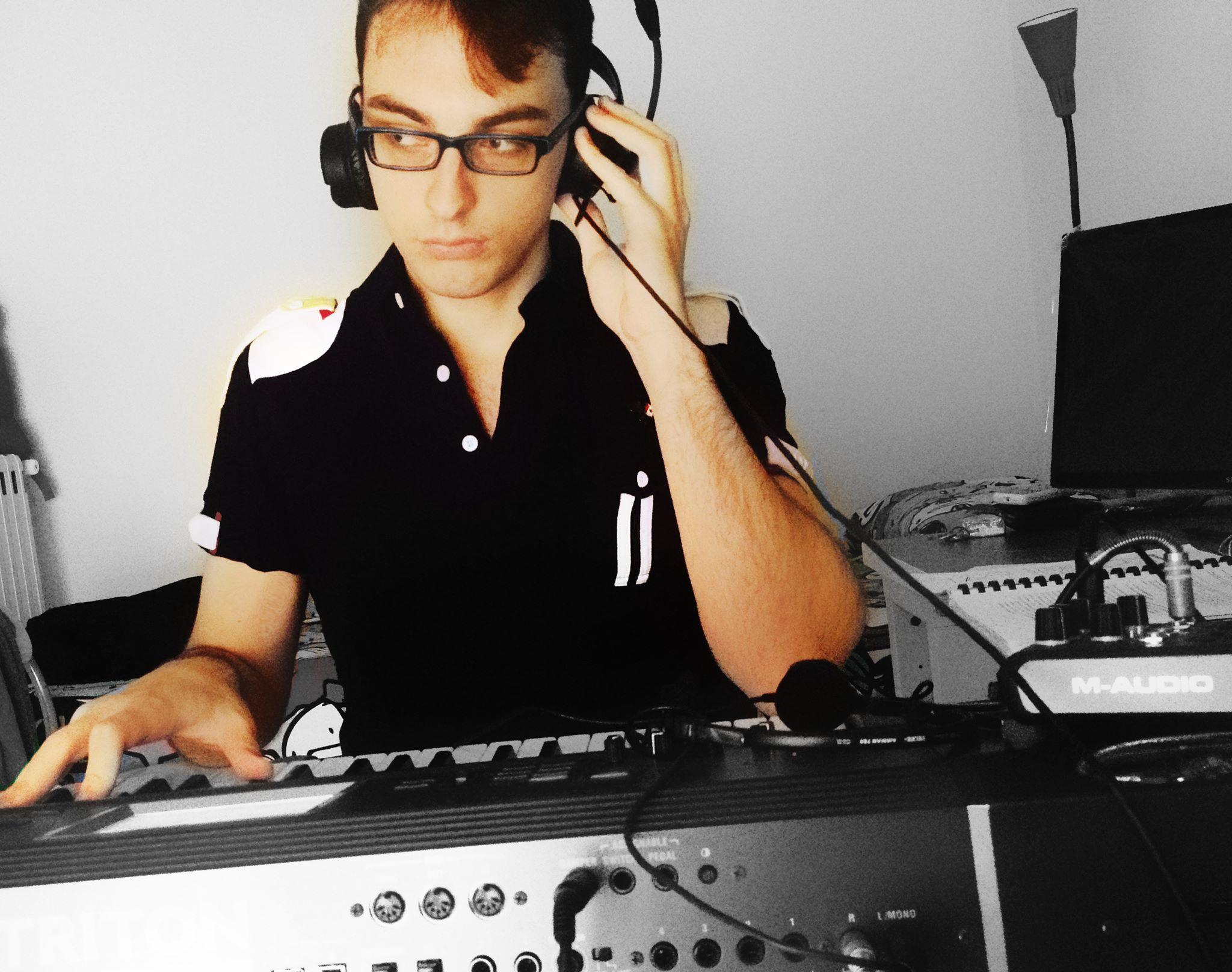 Un eroe elettronico sotto al Vesuvio: intervista al giovane musicista pomiglianese Federico Foria