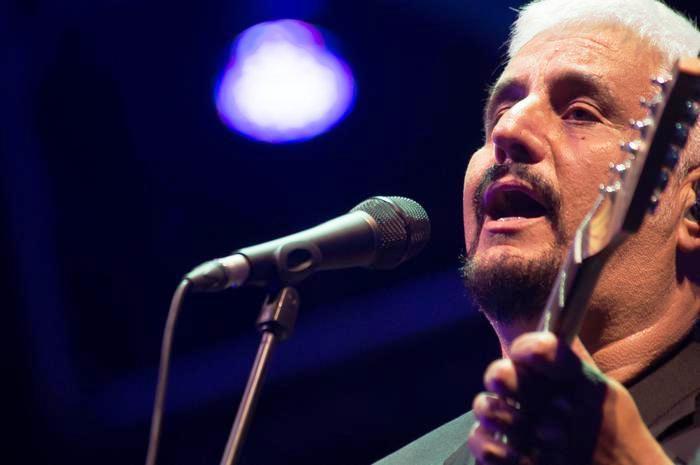 Napoli e il mondo della musica in lutto: è morto per infarto Pino Daniele