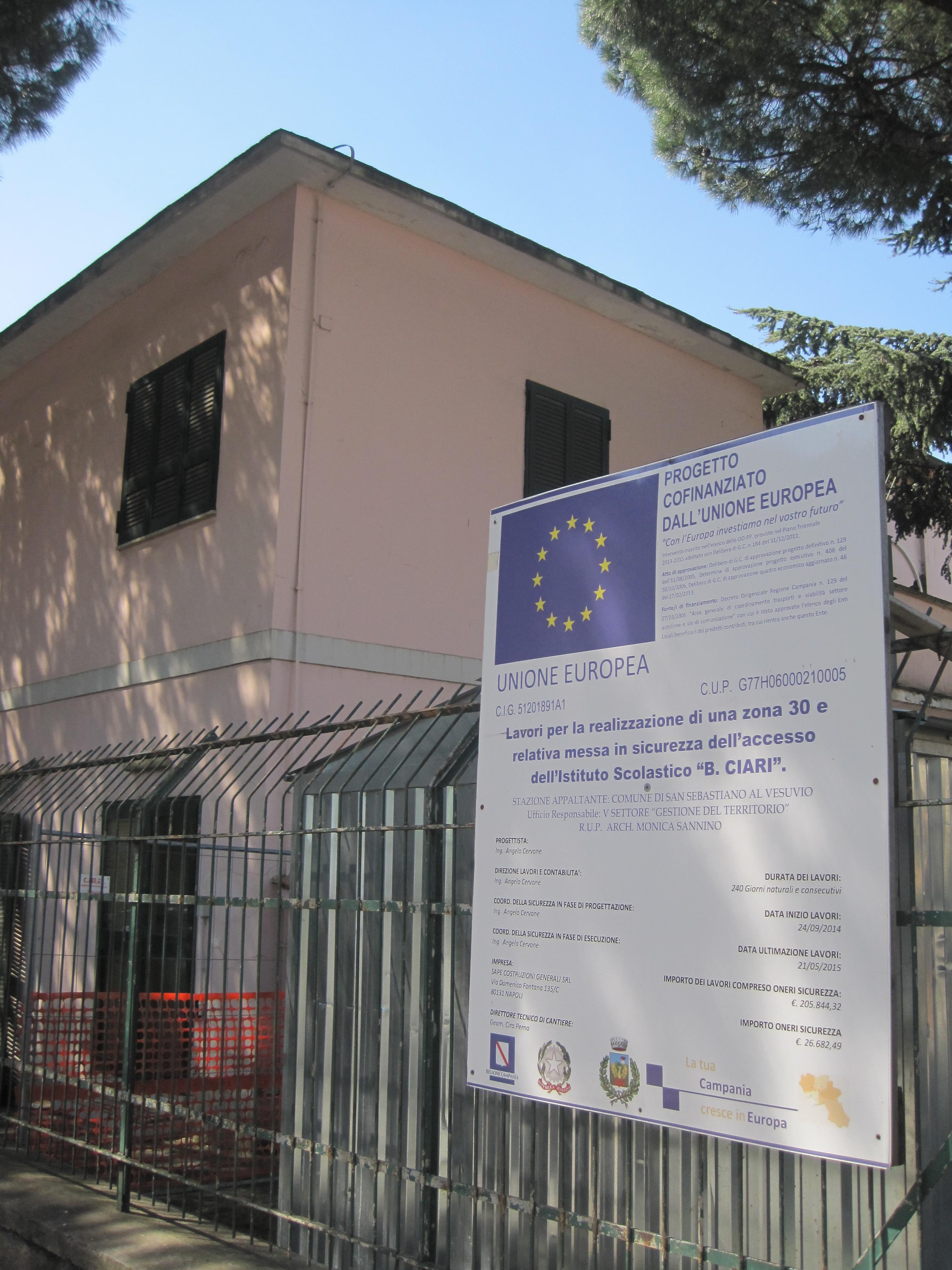 La Caserma dei Carabinieri nell'ex scuola di viale delle Rose