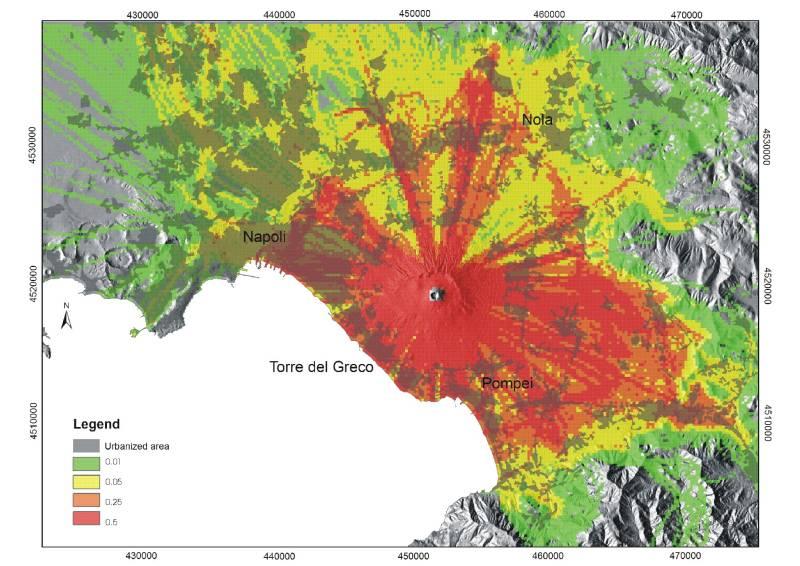 Vesuvio, summit dei sindaci della Zona Rossa: per l'esodo in caso di eruzione intervengono i Comuni