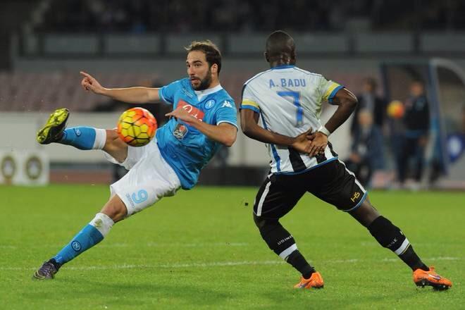Napoli-Udinese: le pagelle. Higuain diventa Re Mida: tutto ciò che tocca trasforma in oro