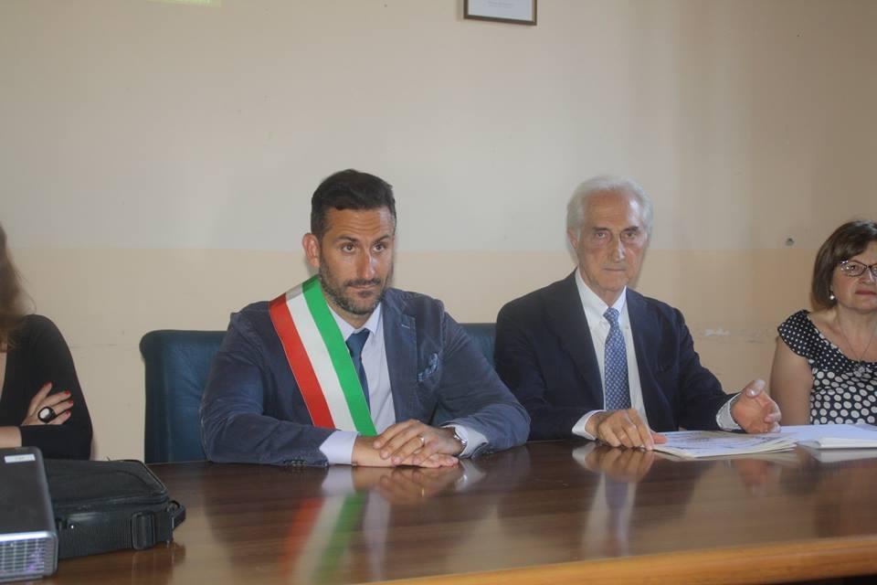 """A Cercola stanziati anche 200.000 euro per iniziare i lavori alla scuola """"Luca Giordano"""" a margine di tutti gli altri interventi che si sono resi necessari per l'inizio dell'anno scolastico"""