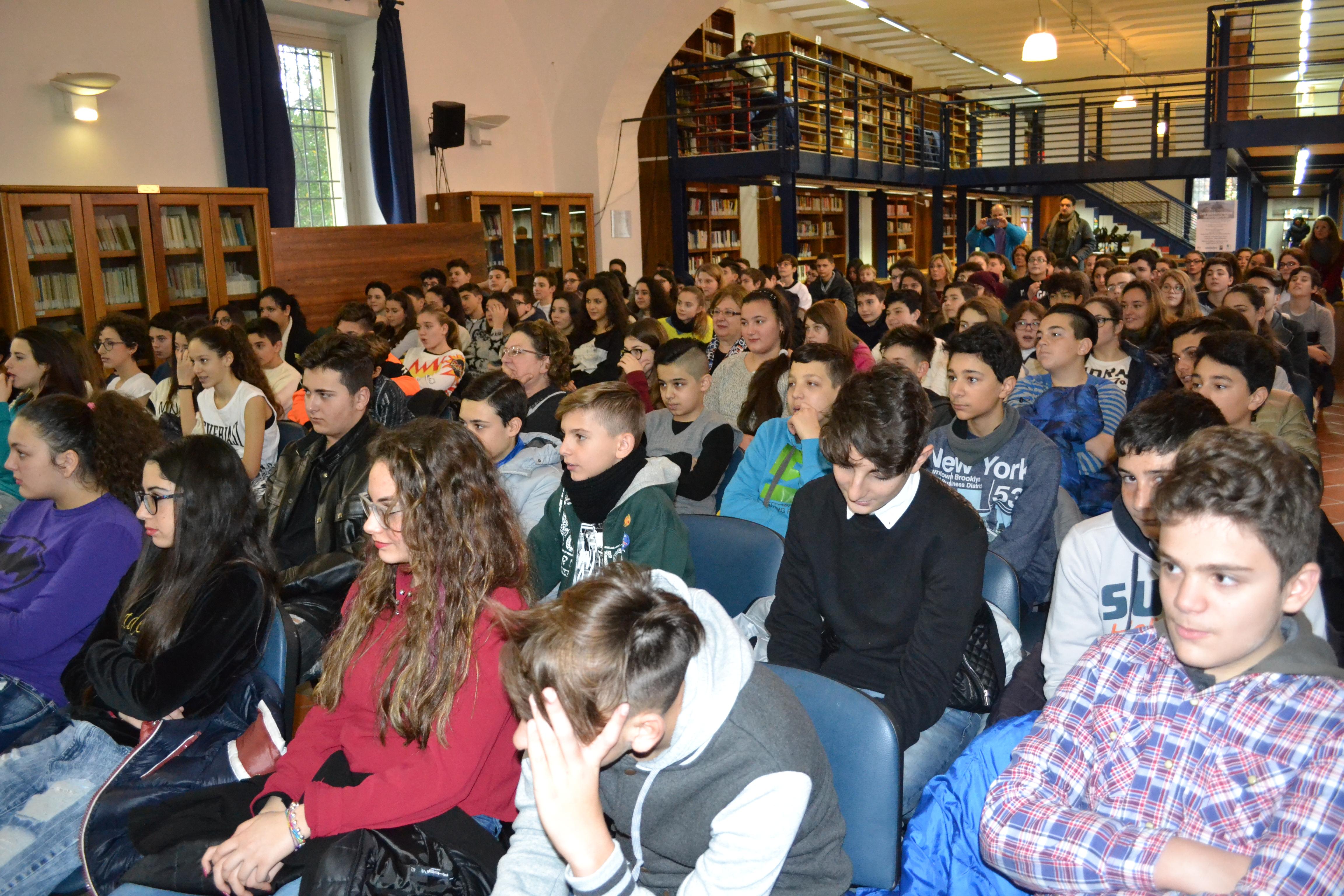 San Giorgio a Cremano. La tragedia della Shoa in scena a Villa Bruno. Presenti oltre 300 studenti