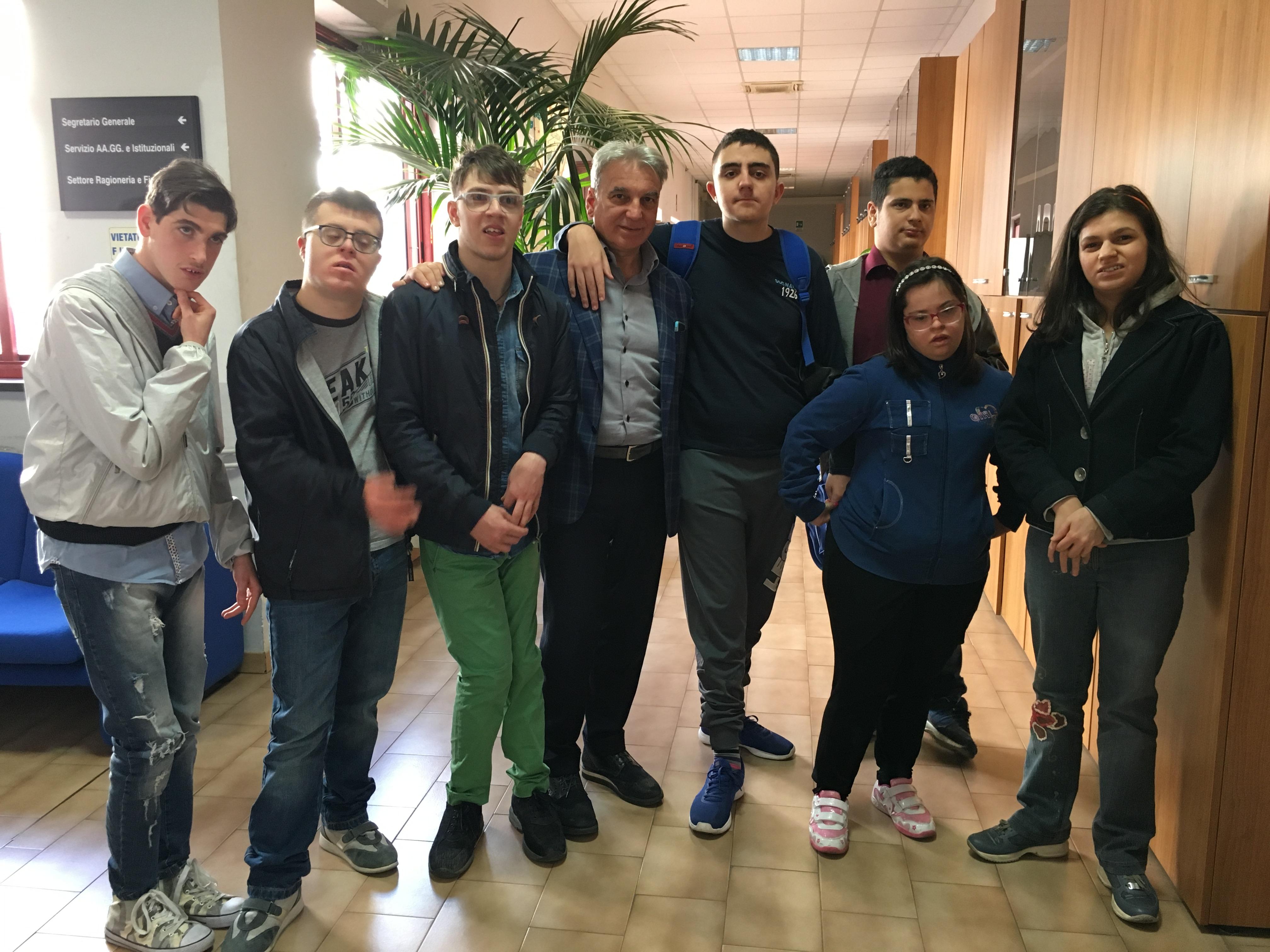 """La disabilità non è piu """" fuori dal Comune"""", il sindaco Abete apre le porte del Municipio ai ragazzi diversamente abili"""