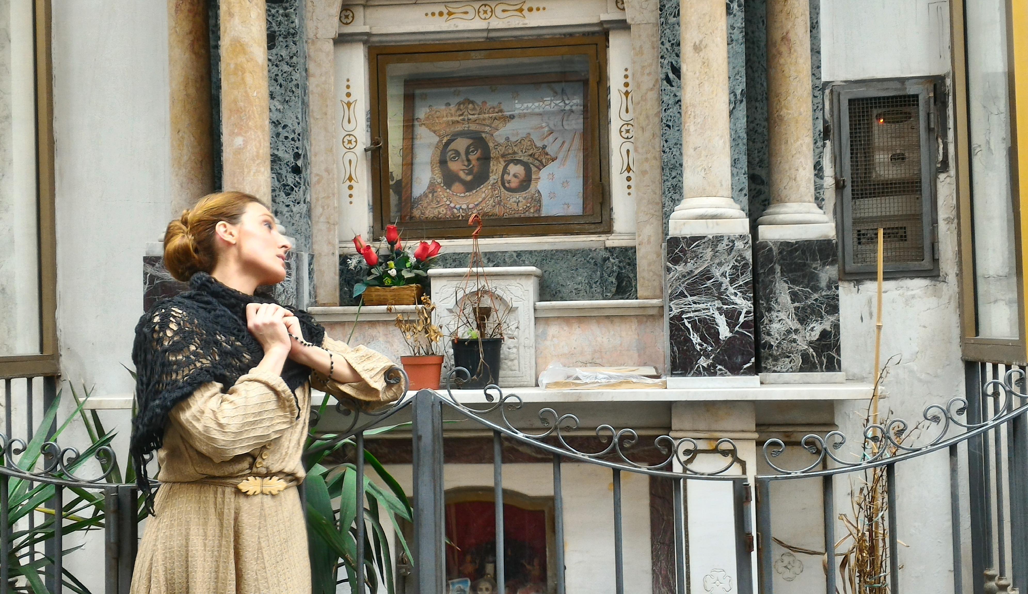"""""""Facimmoce 'a croce: Napoli e i suoi Altarini"""", un viaggio tra tradizione, urbanistica e teatro. Dopo il successo in replica il 16 ottobre"""