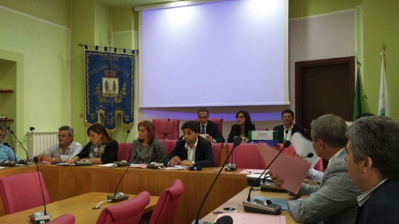 A Pollena Trocchia  è scontro tra il leader dell'opposizione Francesco Addato e il sindaco Francesco Pinto