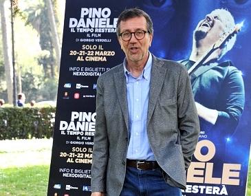 L'anima Napoli-blues di Pino Danielesarà un docufilm, nelle sala dal 20 al 22 marzo. L'anteprima al Teatro San Carlo il 19