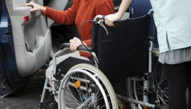 """Trasporto comunale disabili: l'ira del Governatore De Luca sui sindaci, """"vergonatevi"""""""
