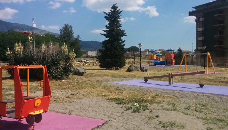 Campetto polifunzionale e giostrine: domenica prossima a Pollena Trocchia l'inaugurazione del Parco Pubblico