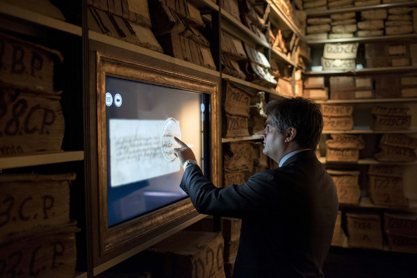 """""""Scavando tra le carte"""": gli Scavi di Ercolano protagonisti  de il Cartastorie – Museo dell'Archivio Storico del Banco di Napoli"""