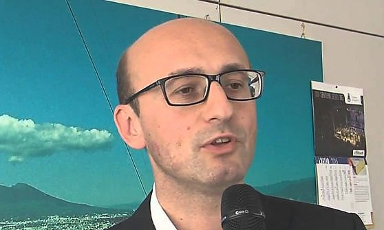 """Portici verso il voto – I """"Democratici Popolari"""" incontrano il big regionale del Pd, Mario Casillo: """"Riqualificare il tratto di costa per una città turistica""""."""