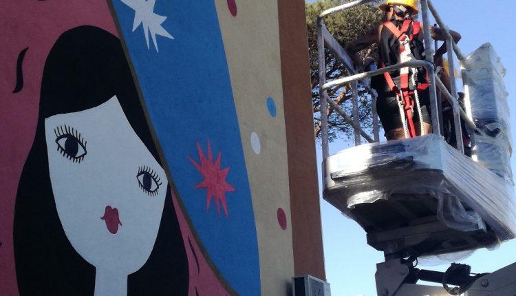 A MAMM' E TUTT' 'E MAMM' – La vita nel quarteire della morte: La Fille Bertha colora il Parco dei Murales di Napoli Est