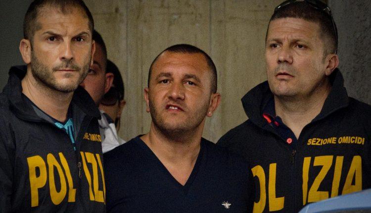 Guerra di camorra, smantellato il clan De Micco a Ponticelli: 23 arresti operati dalla polizia