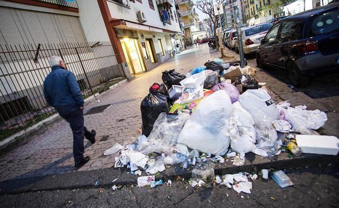 """""""Questione rifiuti"""" ad Ercolano: parlano gli """"Operatori della Nettezza urbana"""""""