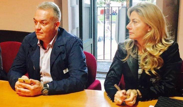 CITTADINI ILLUSTRI E POLEMICHE – A Somma Vesuviana una bella iniziativa diventa teatro dell'ennesima polemica politica da soap opera