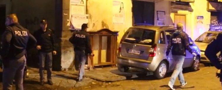 Domenica di terrore alle Case Nuove, bomba sotto casa di un boss dei Rinaldi