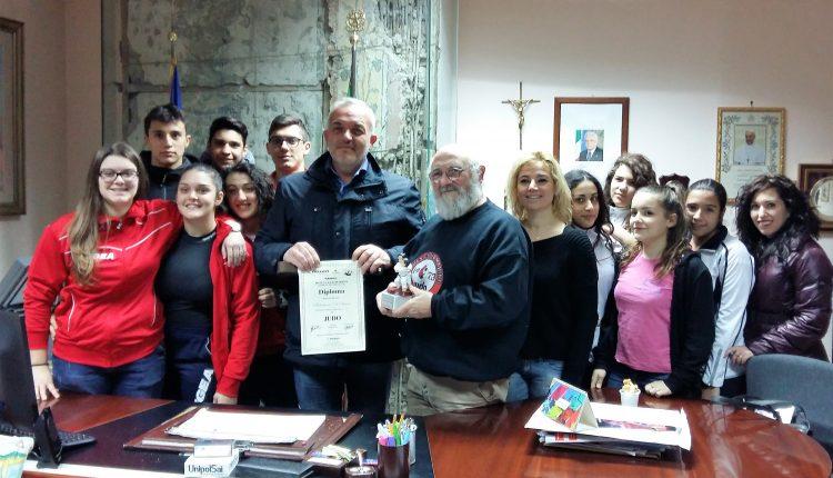 A Somma Vesuviana il sindaco incontra il Buen Club Marino