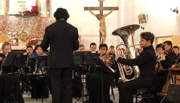Grande successo a Pomigliano d'Arco per l'entusiasmante concerto dell'orchestra sinfonica di Pavlodar (Kazakistan), diretta dal Maestro Massimo Testa