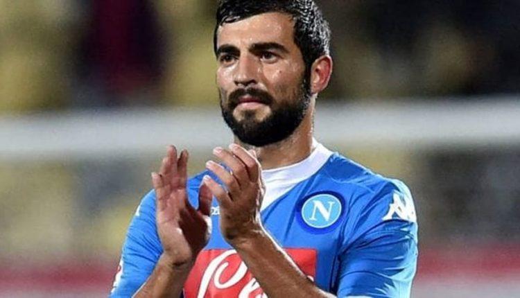 Il Napoli batte 1-0 il Genoa e va a -2 dalla Juve: si sogna ancora lo scudetto