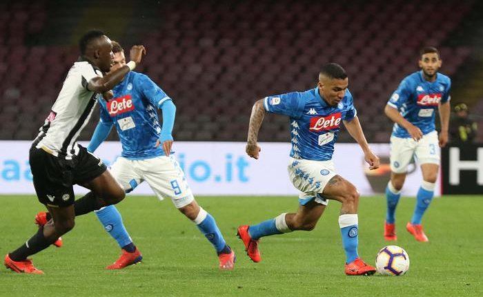 Serie A: Napoli-Udinese 4-2:dopo il 2-0, friulani sul 2-2 ma è un'illusione.Paura per Ospina