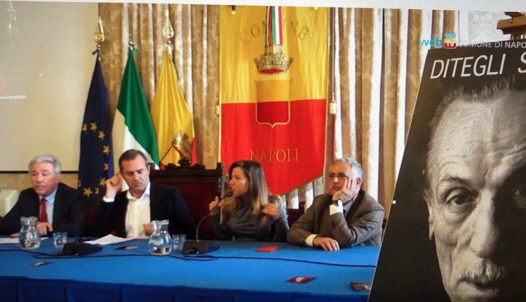 «Ditegli sempre di no», Eduardo De Filippo è il testimonial del patto antiracket a Napoli tra Comune e commercianti