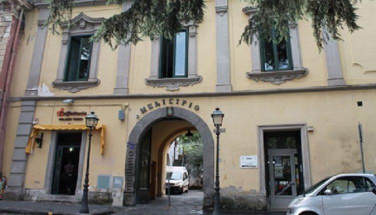 La biblioteca intitolata a Raffaele D'Avino giovedì 30 la cerimonia al Comune