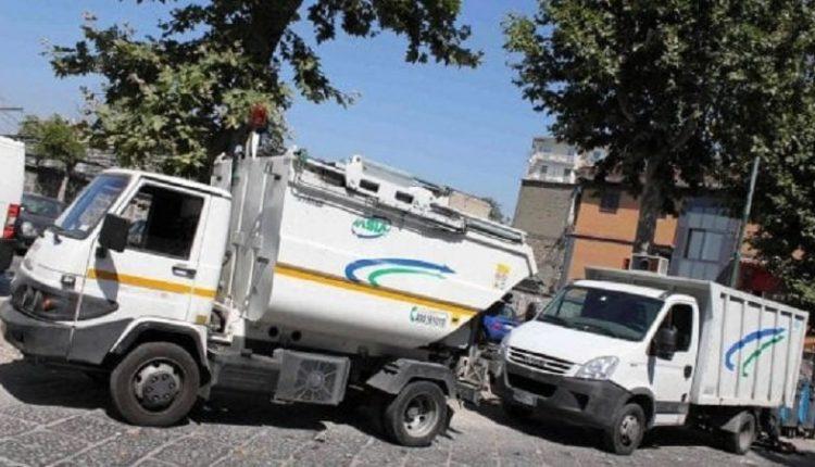 Napoli, rubavano gasolio da mezzi Asia: anche 4 dipendenti Asia Spa tra i 14 denunciati, danni per un milione di euro