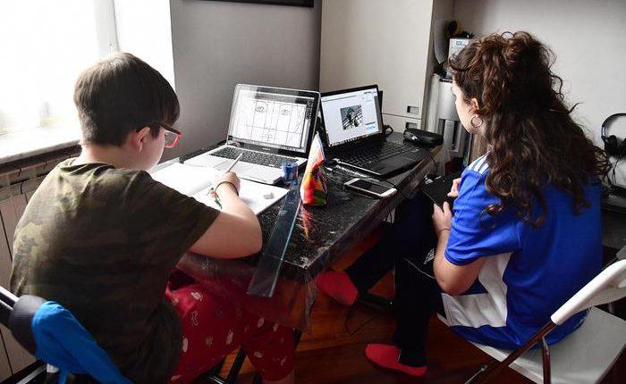 """Emergenza Coronavirus – La ministra Azzolina: """"Sicura proroga del ritorno a scuola dopo il 3 aprile e niente didattica a luglio"""""""
