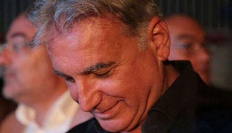 CONCORSOPOLI ANASTASIANA – L'ex sindaco Abete fuori dal carcere di Poggioreale, da stanotte sarà ai domiciliari. Era in carcere dal 6 dicembre, ad attenderlo a casa la moglie e il figlio