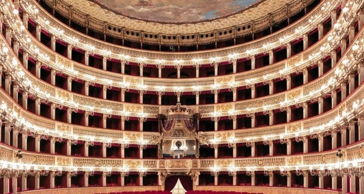 Teatro San Carlo, ecco la web tv con opere, balletti, spettacoli e rubriche 24 ore su 24