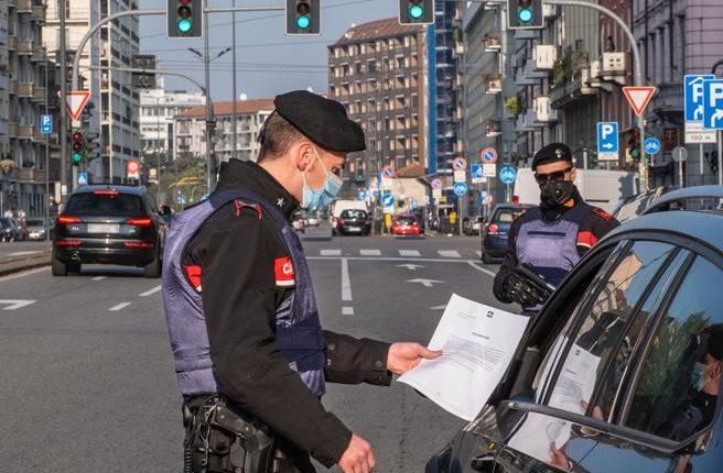 """Campania in zona rossa, le 40 domande e le relative risposte dell'Anci: quello che si può fare e quello che """"no"""" durante il nuovo lockdown"""