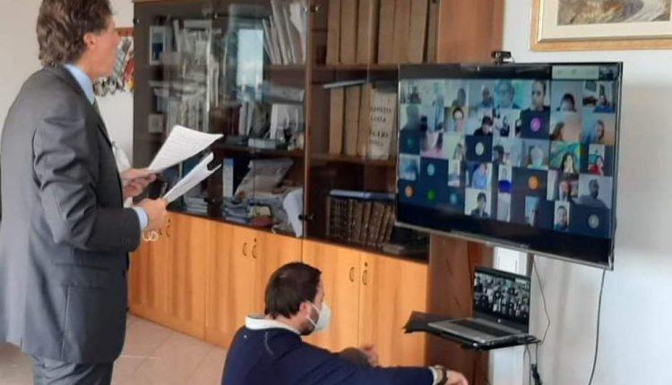 """A Portici il sindaco Cuomo in video conferenza convoca gli stati generali del Terzo Settore: """"Tutti faranno la sua parte per il bene dei cittadini"""""""