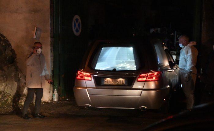 Funerale blindato per Raffaele Cutolo ad Ottaviano: in nottata benedizione e sepoltura presenti i parenti stretti, l'accesso al cimitero ancora blindato