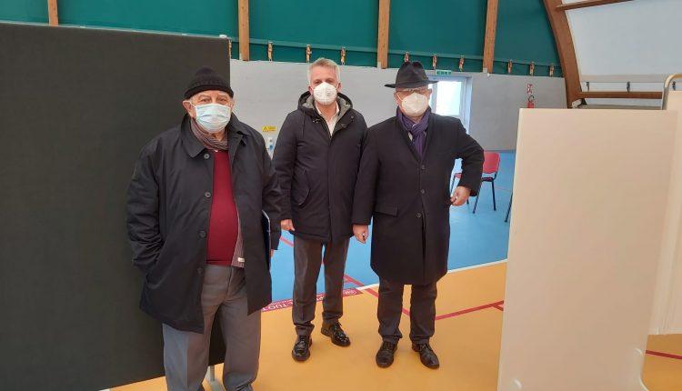 """Ottaviano, apre il centro vaccinale. Il sindaco Luca Capasso: """"Risultato frutto del nostro impegno"""""""