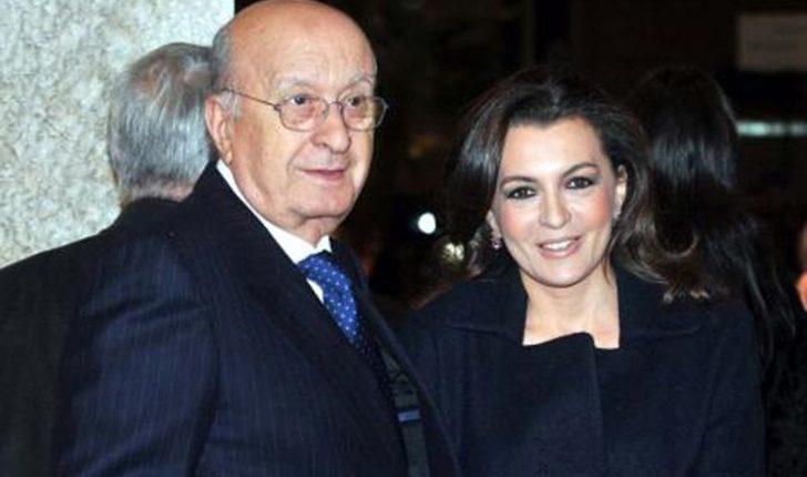 """Antonia De Mita, figlia dell'ex leader Dc, contro De Luca: """"Si crede Re Sole. Mandiamolo a casa. Non si regge altri 5 anni"""""""