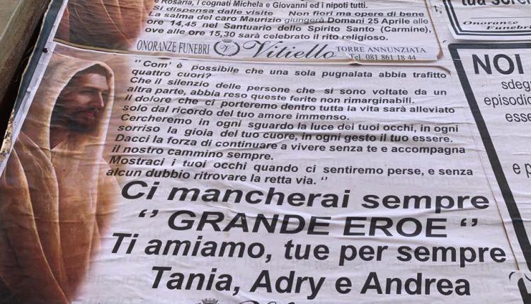 """Folla ai funerali di Maurizio Cerrato. Il Vescovo Mimmo Battaglia si rivolge agli assassini: """"Gente infame che non sa cos'è il pudore"""""""