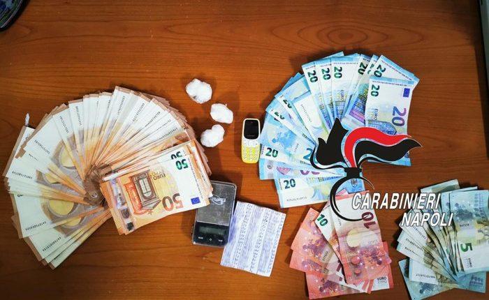 Coppia di incensurati arrestata a Volla per spaccio di droga: i carabinieri in casa hanno trovato coca e denaro