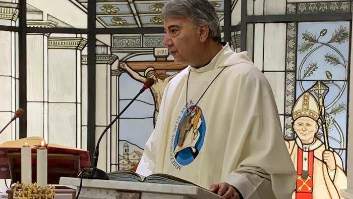 Il Vescovo di Napoli per la prima volta in visita a Pollena Trocchia: domani mattina ospite di padre Sabatino Perna e di tutta la. comunità