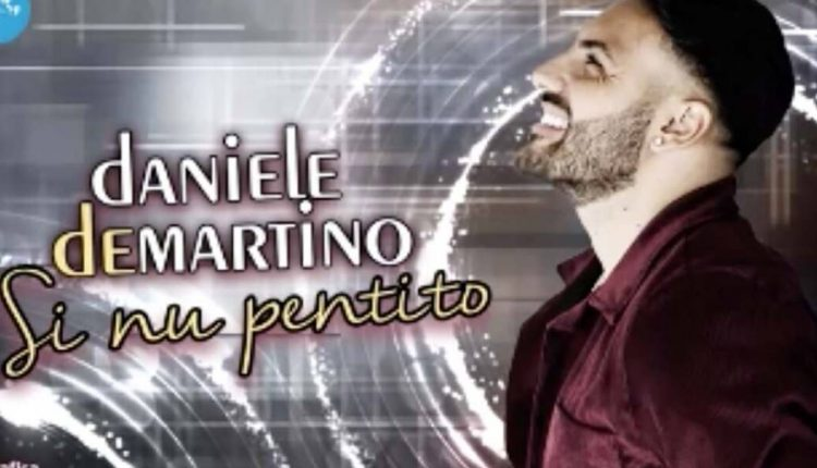 """Una canzone contro i pentiti del neomelodico De Martino, la denuncia di Francesco Emilio Borrelli: """"Serve una legge regionale che punisca l'apologia di mafia e camorra"""""""