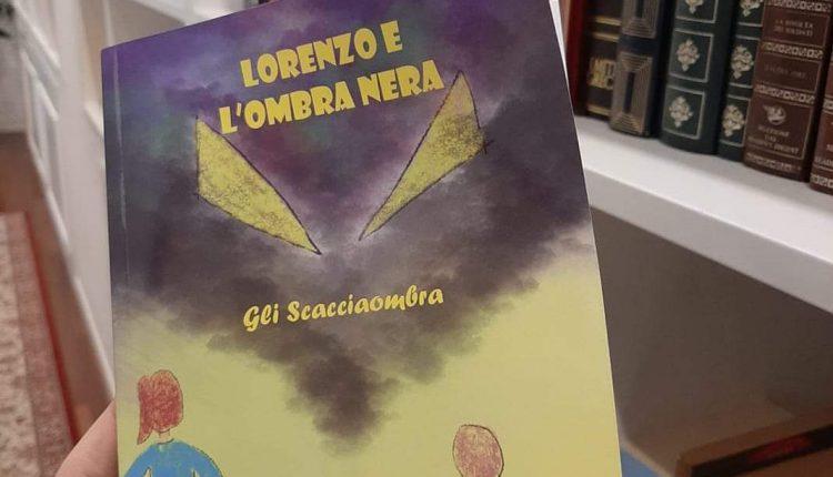 """PORTICI CITTA' CHE LEGGE (E CHE SCRIVE) – E' uscito il libro di fiabe dei bambini dell'I.C. Da Vinci-Comes: """"Lorenzo e l'ombra nera"""" una fiaba corale per raccontare la pandemia"""