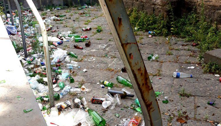 """A Napoli, Cappella """"Pappacoda"""" tra degrado e rifiuti. Europa Verde: """"Pronti a pulirla noi. Presentata richiesta alla Soprintendenza"""""""