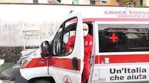 A Ercolano, va in arresto cardiaco, salva grazie a volontari della Croce Rossa Italiana intervenuti